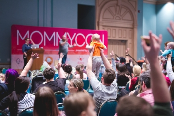 MommyCon Baby | www.mommycon.com